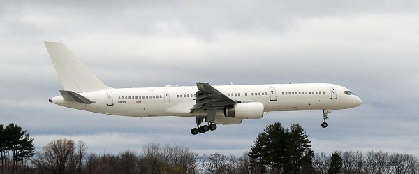 C-32, (Boeing 757-200), USAF Executive Transport #9001, at Pease (1)