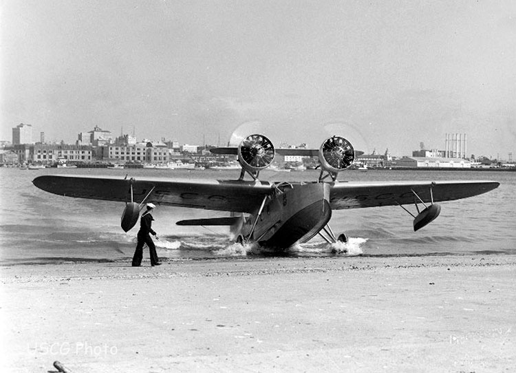 0 Douglas_RD_Dolphin_at_CGAS_San_Diego_c1937[1]