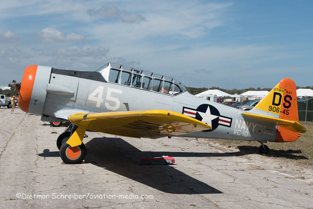 2016-03-11 N645DS North American T6 Texan