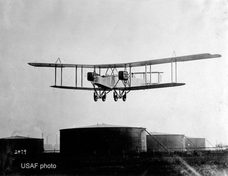 Handley-Page two-engined bomber